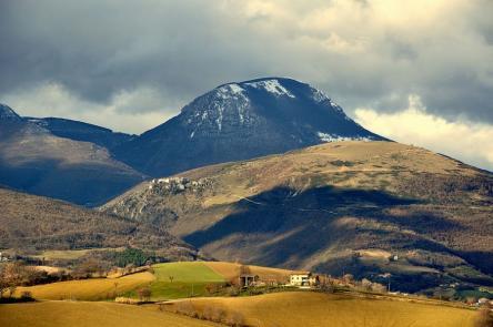 .: 14/12 – Escursione al Monte San Vicino – la Strana Montagna