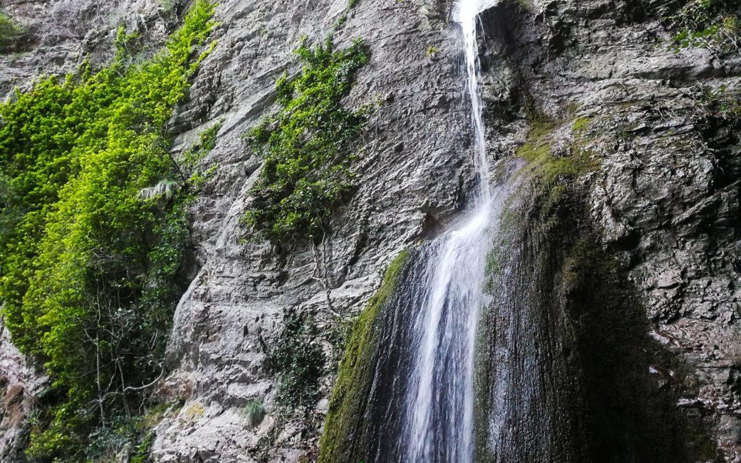 :. 12/09 – Escursione Sarnano Selvaggia: le cascate di Soffiano e Rio Terro