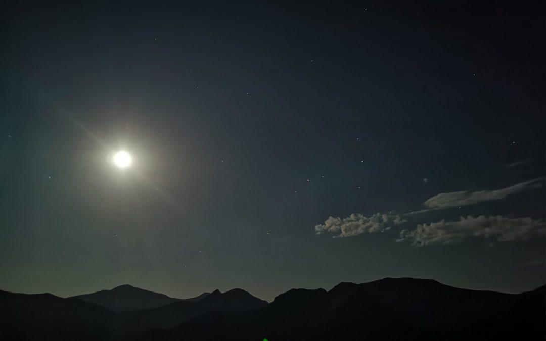 :. 28/11 – Escursione ai Piani di Ragnolo: tramonto e luna piena